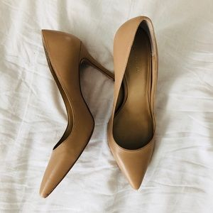Ann Taylor 7.5 heels; maple brown shoes
